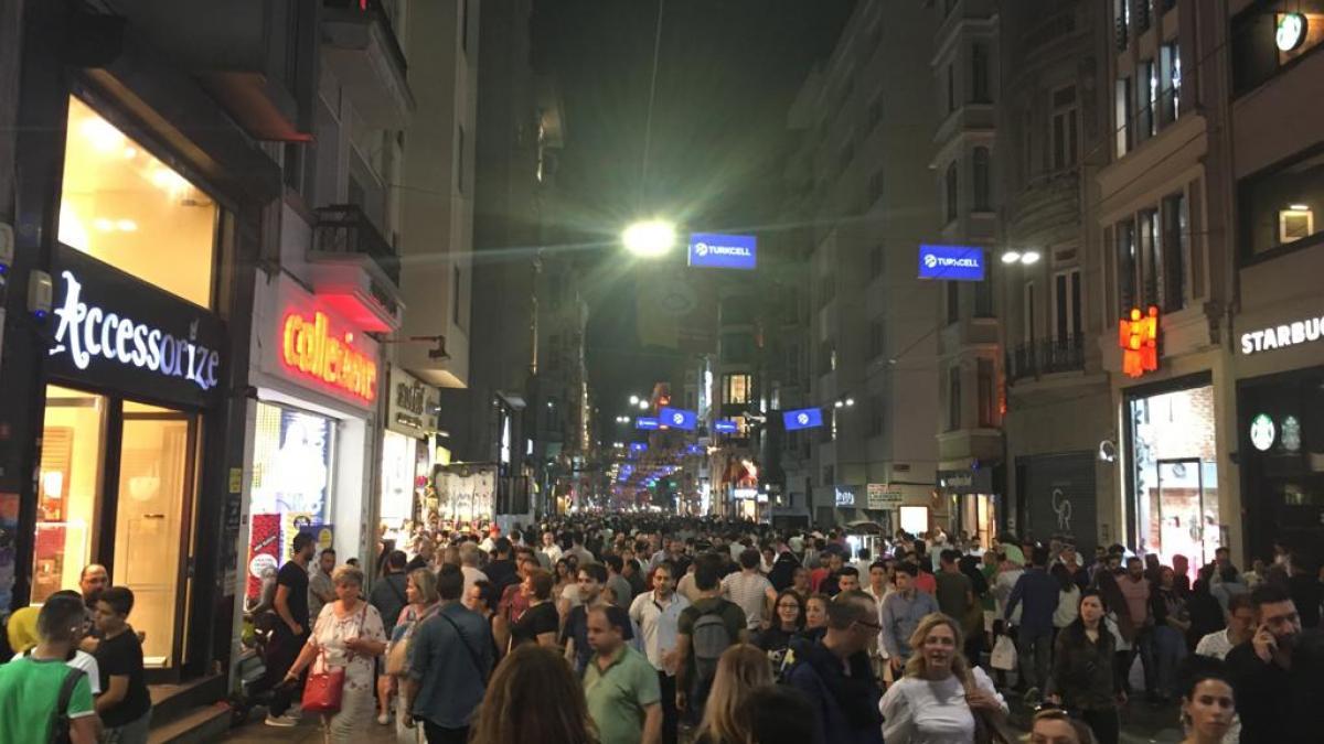 Night life in Istanbul